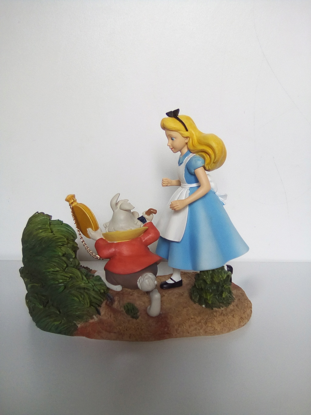 Disney Enchanting Collection - Enesco (depuis 2012) - Page 7 Img_2032