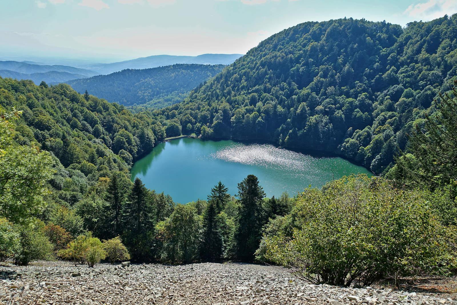 Petit lac de montagne A2018_26