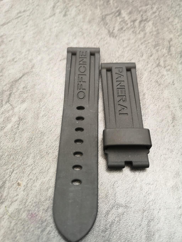 panerai - [Vends] Bracelet Panerai rubber noir OEM 24X22mm Img_2132