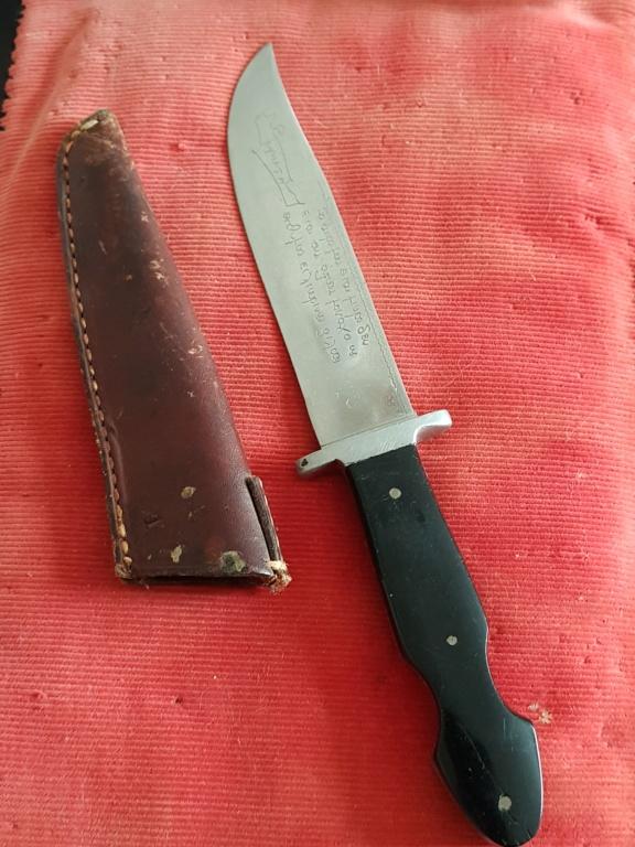 Un poignard couteau  lame grave etrange a identifier 20180919