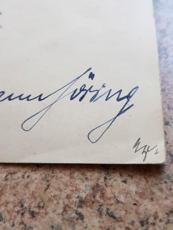 Document avec signature de Hitler et  Gőring 20190616