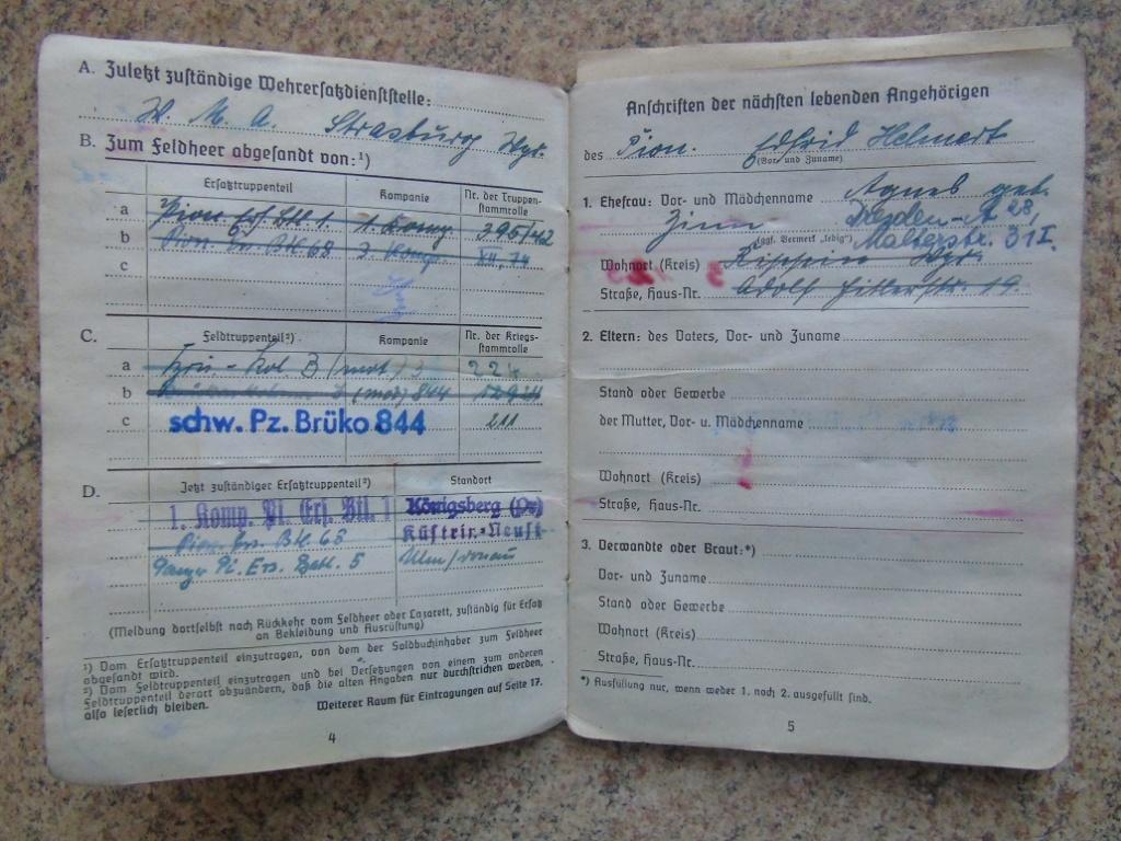 UN SOLDBUCH allemand de 39-45 à TRADUIRE merci Dsc02627