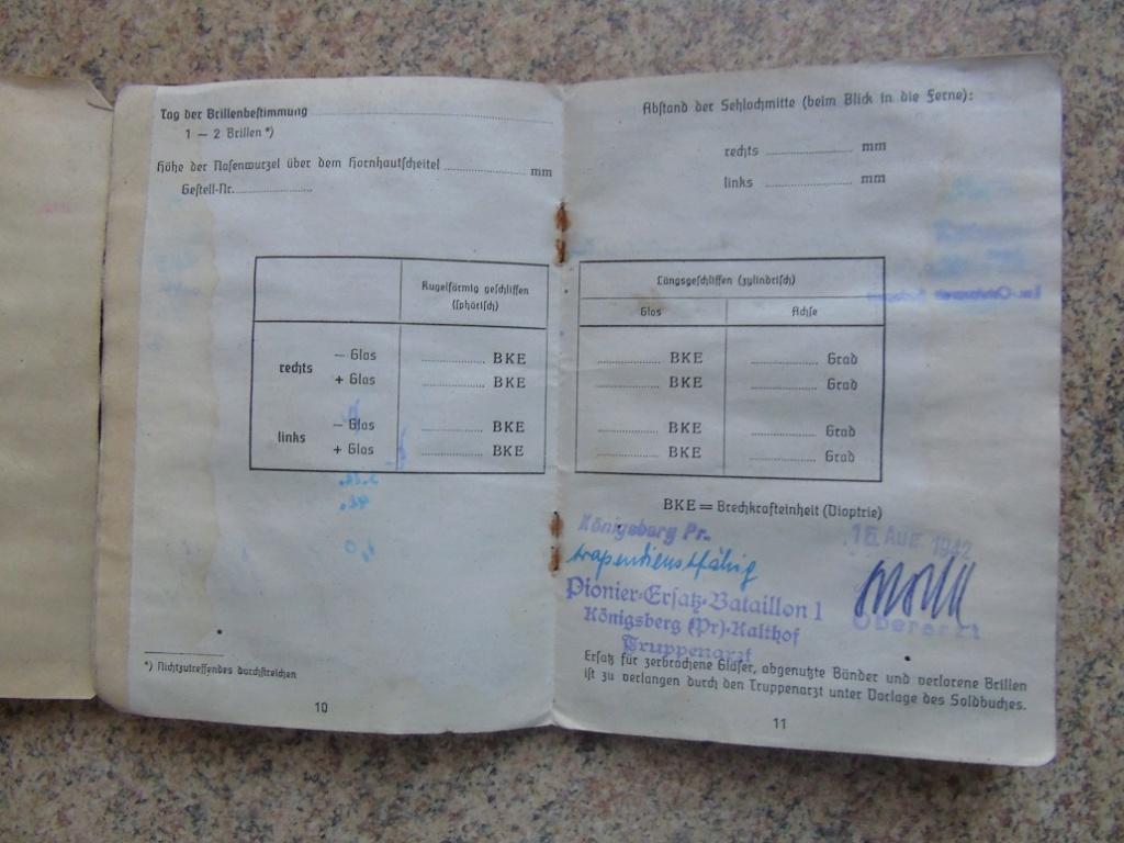 UN SOLDBUCH allemand de 39-45 à TRADUIRE merci Dsc02632