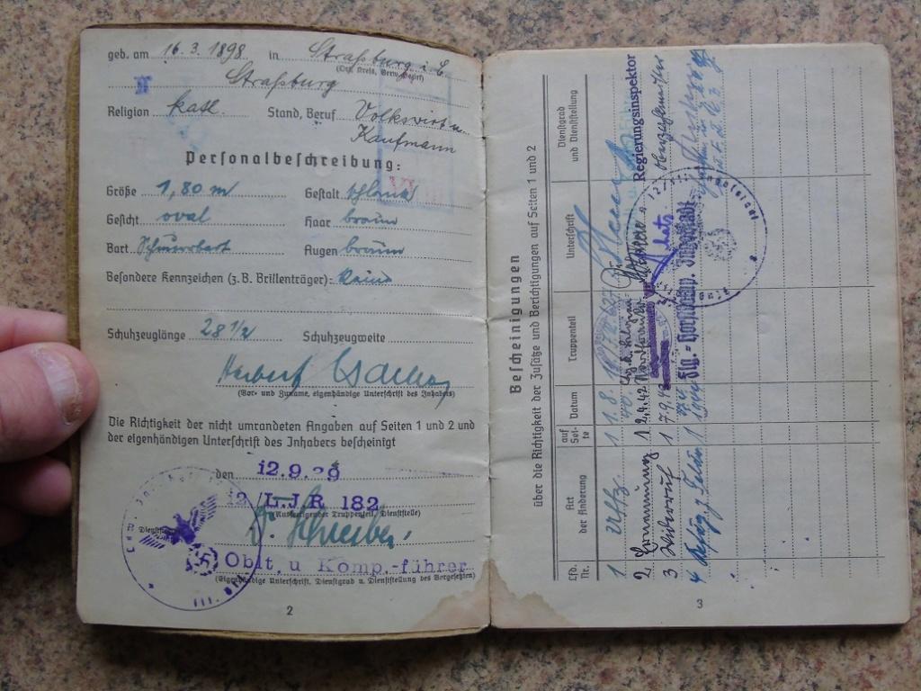 Soldbuch allemand 39-45 d'unmalgré nous à Traduire merci Dsc03134