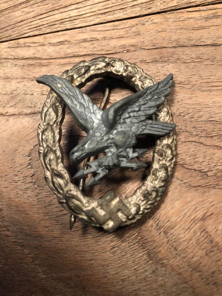 Badge luftwaffe bon? Img-2042