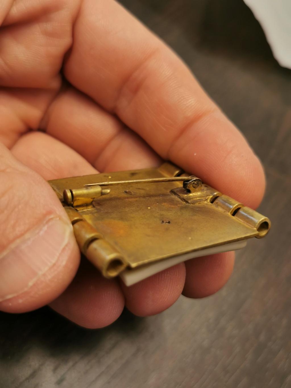 Un insigne à identifier provenant d un gros lot de pucelles Img_2047