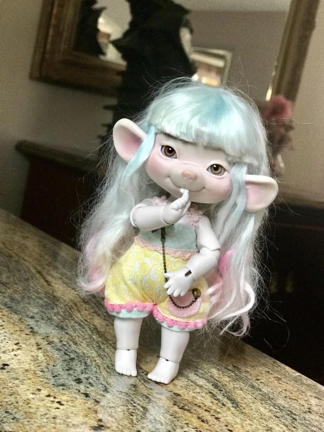 V/E Midnoir- Cosmos dolls Bastian- Dollstown- Batty Boo ETC. 52dec410