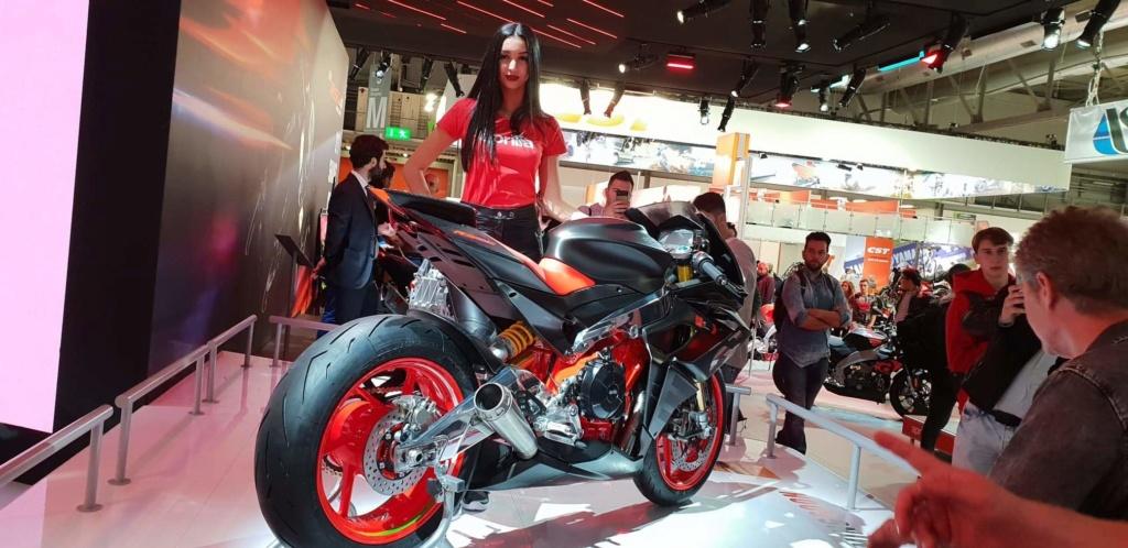 Motopiste.net était au Salon de Milan(EICMA) Le Compte Rendu ! Receiv14