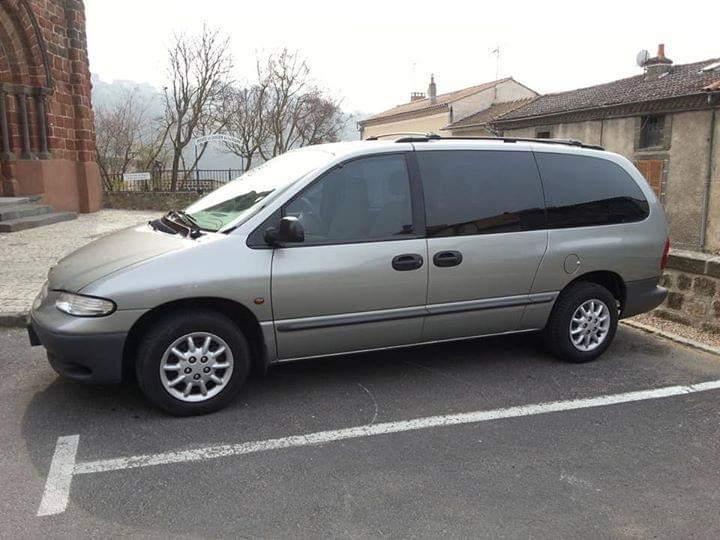 Vend Chrysler Gand voyager Img-2011