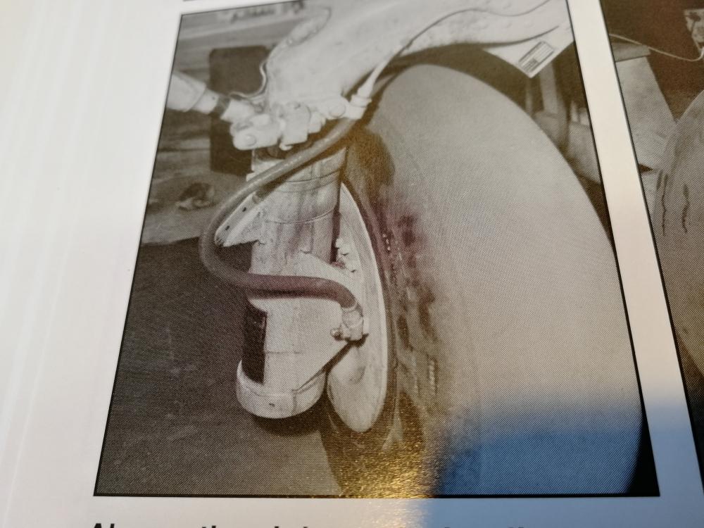 [Année AZUR] Brewster F2A-1 Buffalo Spécial Hobby 1:32 - Page 16 _zcjdf18