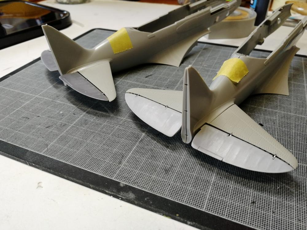 Duo de Mikoyan-Gurevitch MiG-3 [Trumpeter 1/32] Kc_mig29