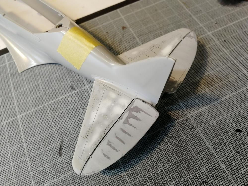Duo de Mikoyan-Gurevitch MiG-3 [Trumpeter 1/32] Kd_mig17
