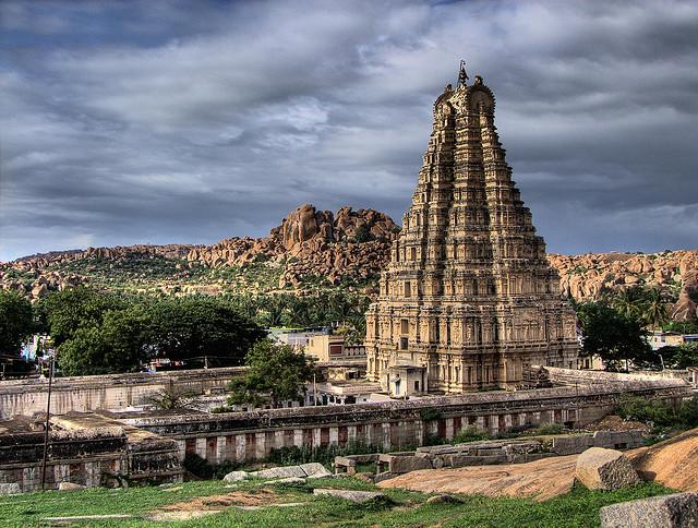 Raganatha Temple (India) Raghan10