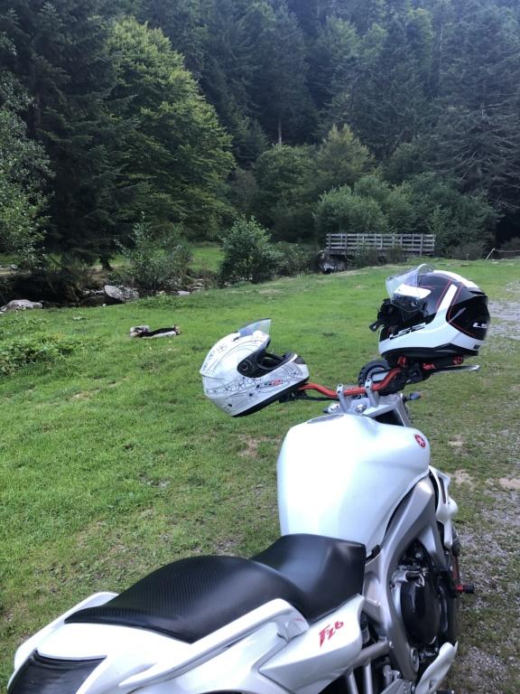Vous rouler aussi à moto ... Montrez nous vos belles  - Page 3 992e5310