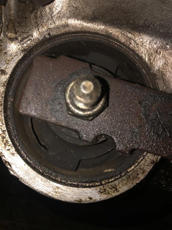 "! Avis support moteur mal ""pressé "" E59a5e10"