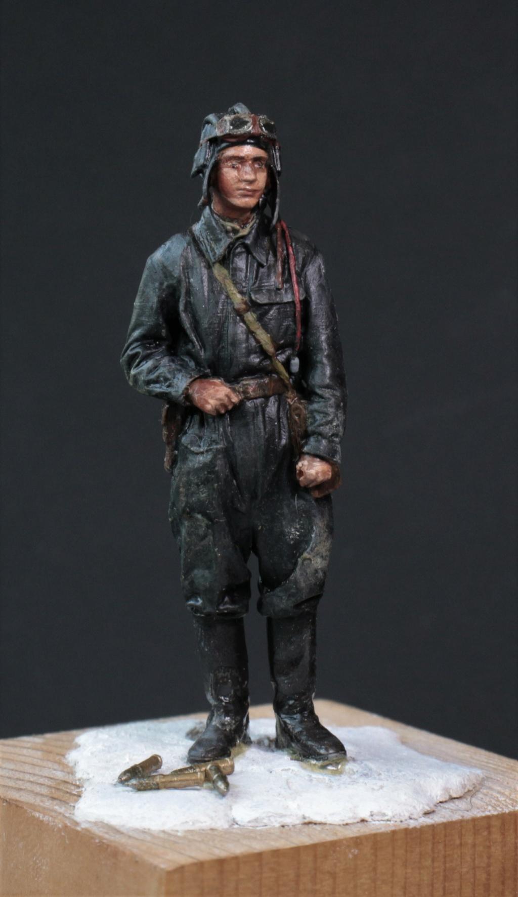 Tankiste soviétique (hiver 1944-45)   Figurine ReedOak au 1/24e Img_9429