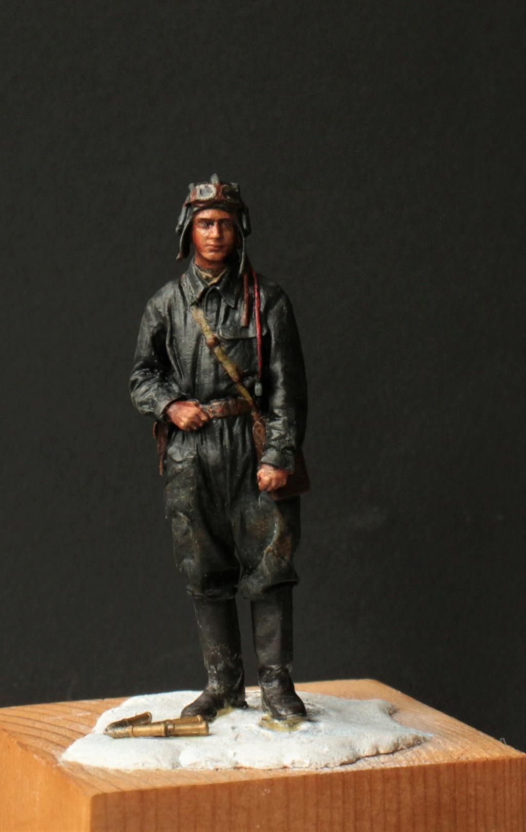 Tankiste soviétique (hiver 1944-45)   Figurine ReedOak au 1/24e Img_9517