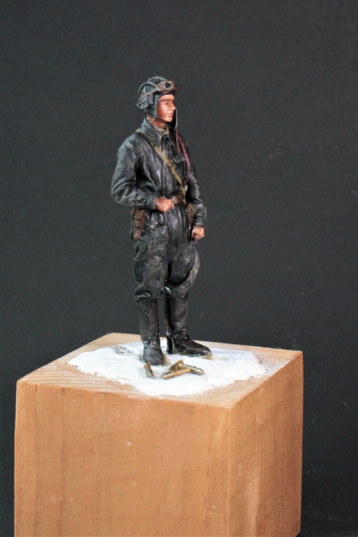 Tankiste soviétique (hiver 1944-45)   Figurine ReedOak au 1/24e Ts_215
