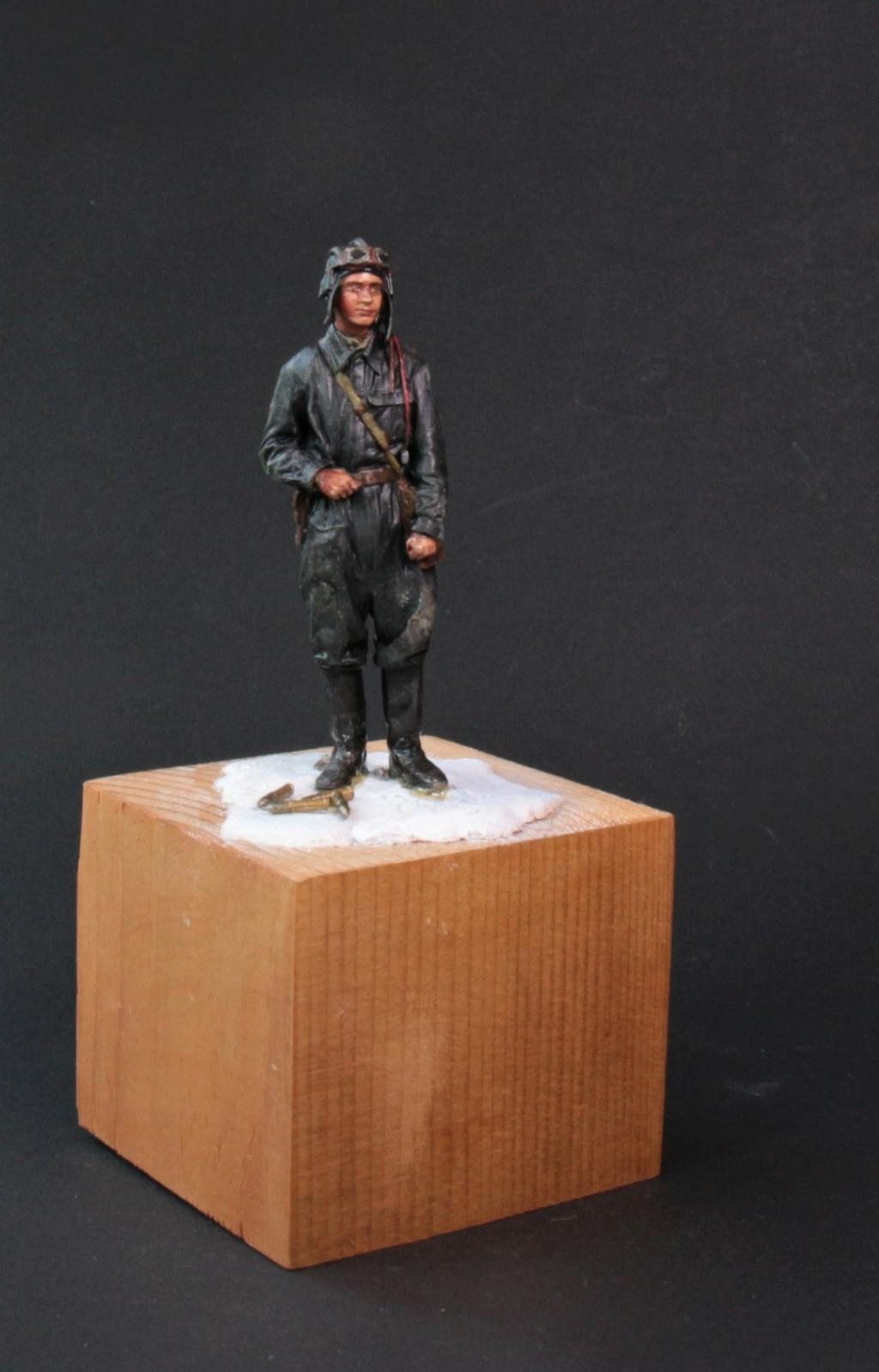 Tankiste soviétique (hiver 1944-45)   Figurine ReedOak au 1/24e Ts_612
