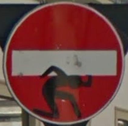 STREET VIEW : les panneaux routiers - Page 6 Pannea11