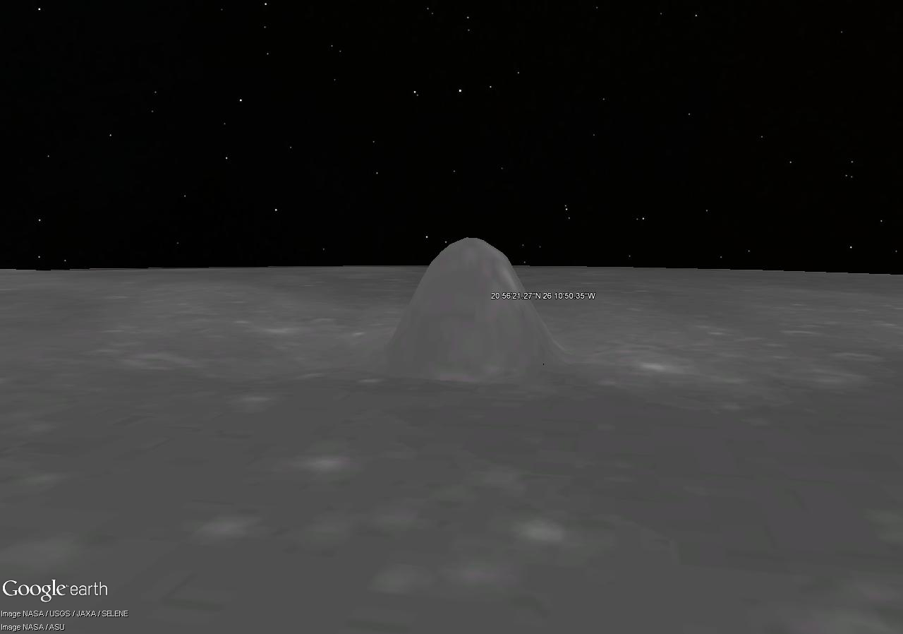 Sur la lune [Google Sky] Pyrami10