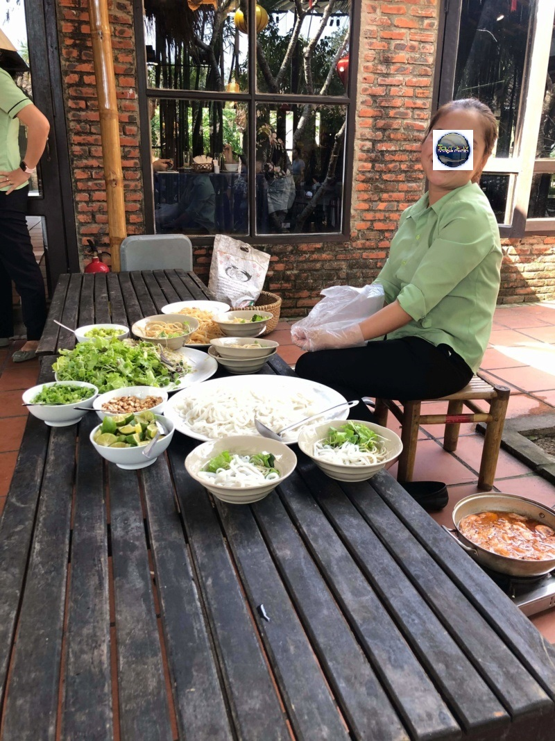 TSGE accompagne François M. à Da Nang. Nos remarques, nos commentaires. - Page 4 Recei110