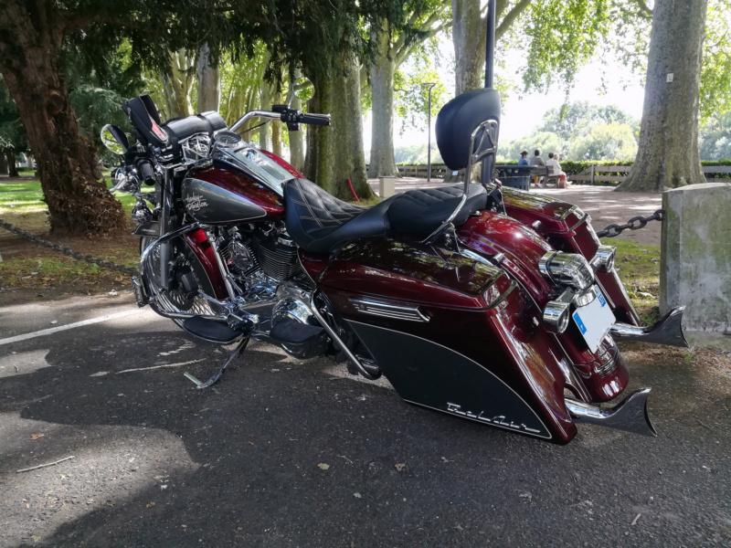 Road King uniquement, combien sur Passion-Harley  - Page 28 Duo10