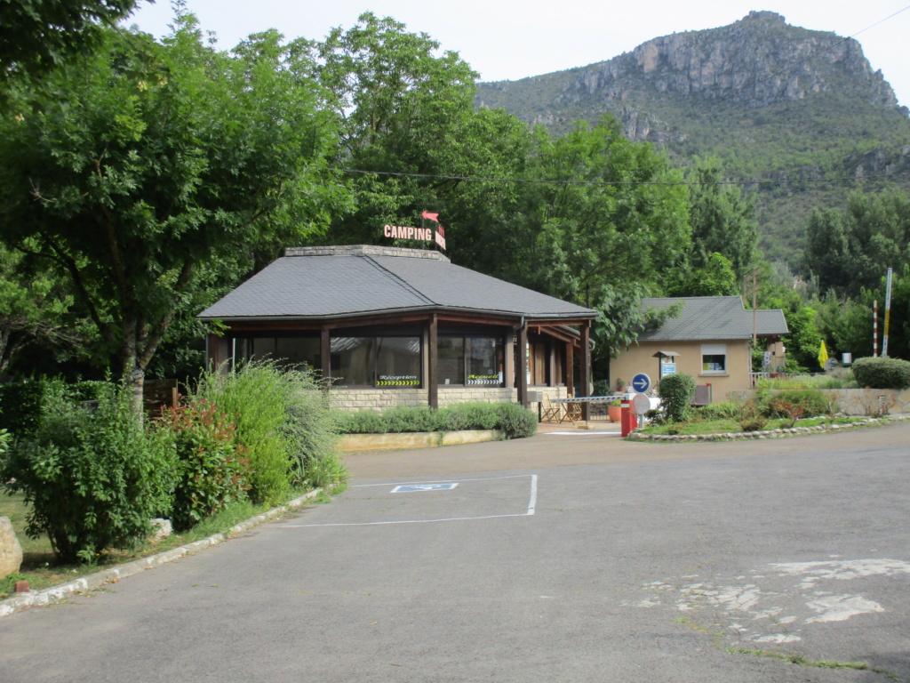 Camping Municipal De Brouillet 48 Img_1511