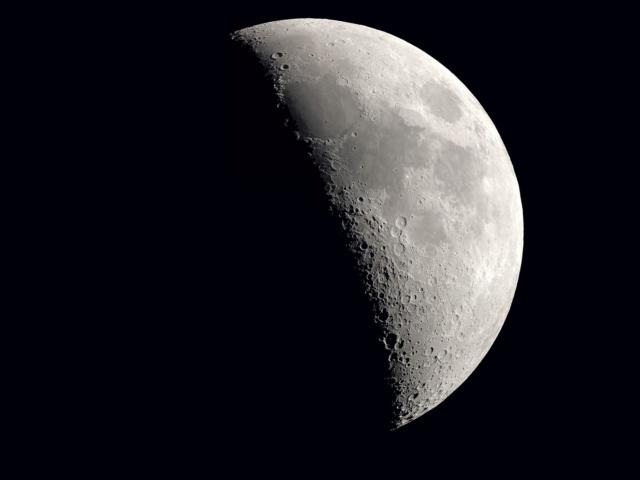 La Lune - Page 16 Lune_213
