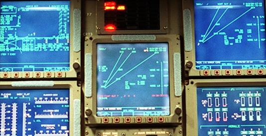Comment se pilote véritablement la navette spatiale ? - Page 3 Cockpi10