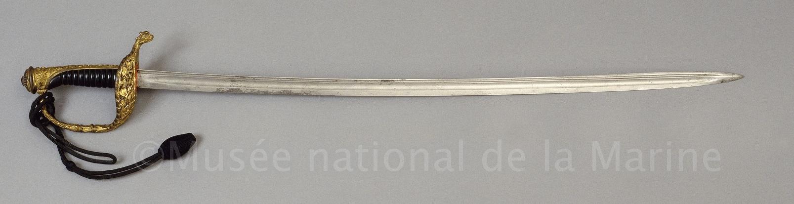 Un connaisseur en épées de Marine ? :) M5026-10