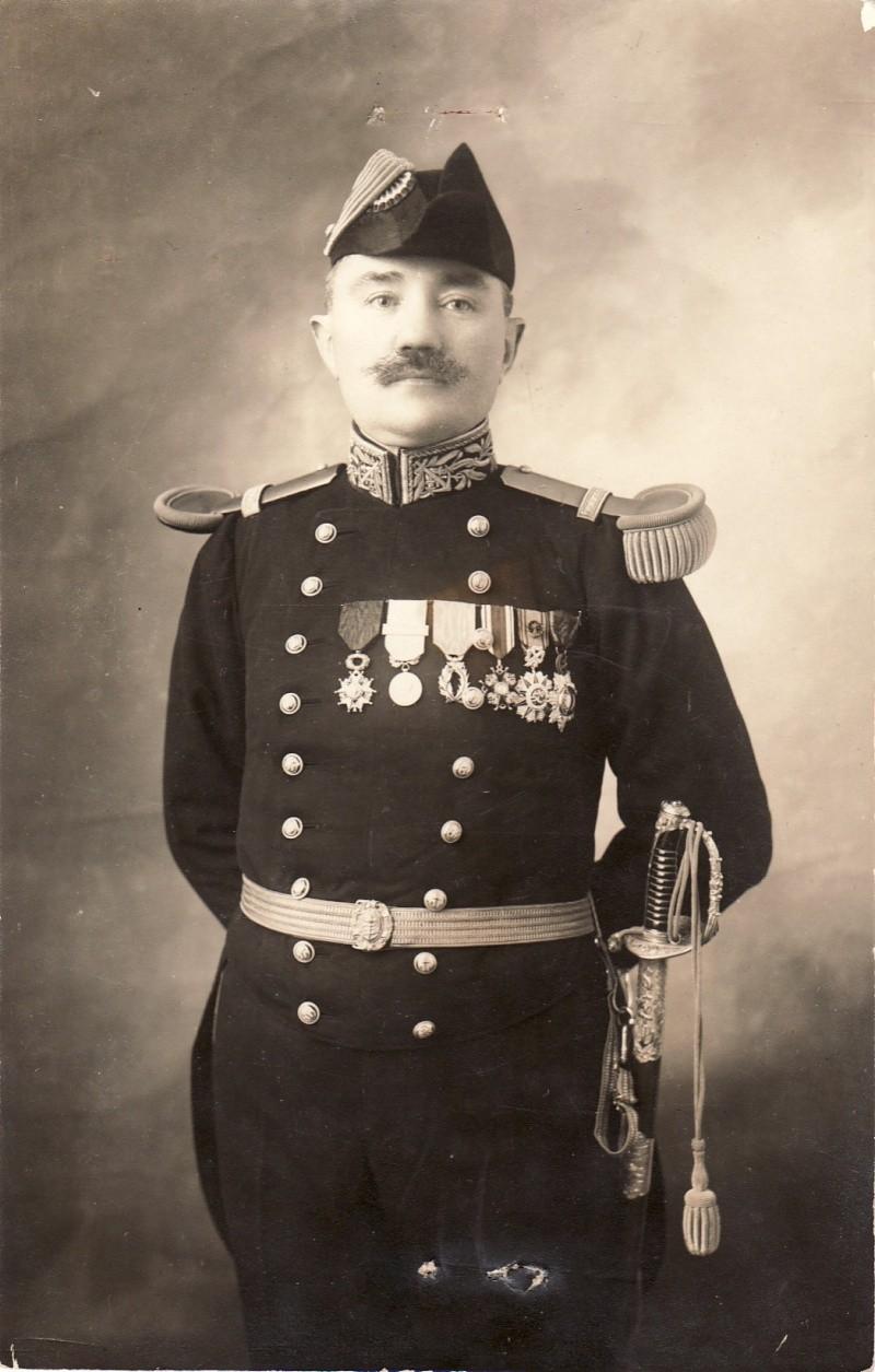 Sabres d'officier de marine : 1837, 1853, 1870, 1891, 1957 - Page 5 Sans_t10