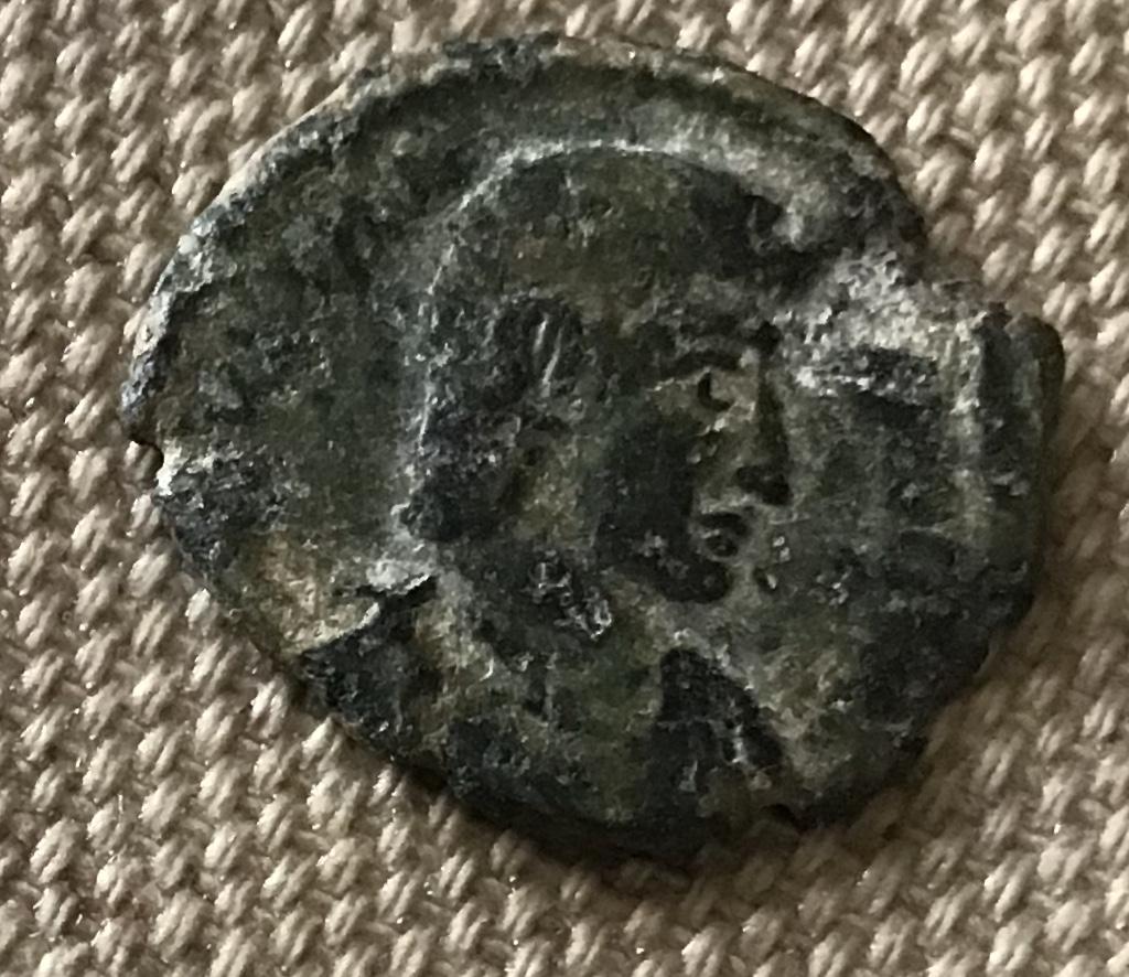 AE3 de Juliano II. SPES REI - PVBLICE. Emperador estante a izq. 2c8af410