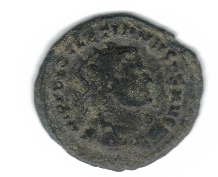 Radiado post reforma de Diocleciano. VOT XX  dentro de corona. Cartago. 7038c_10