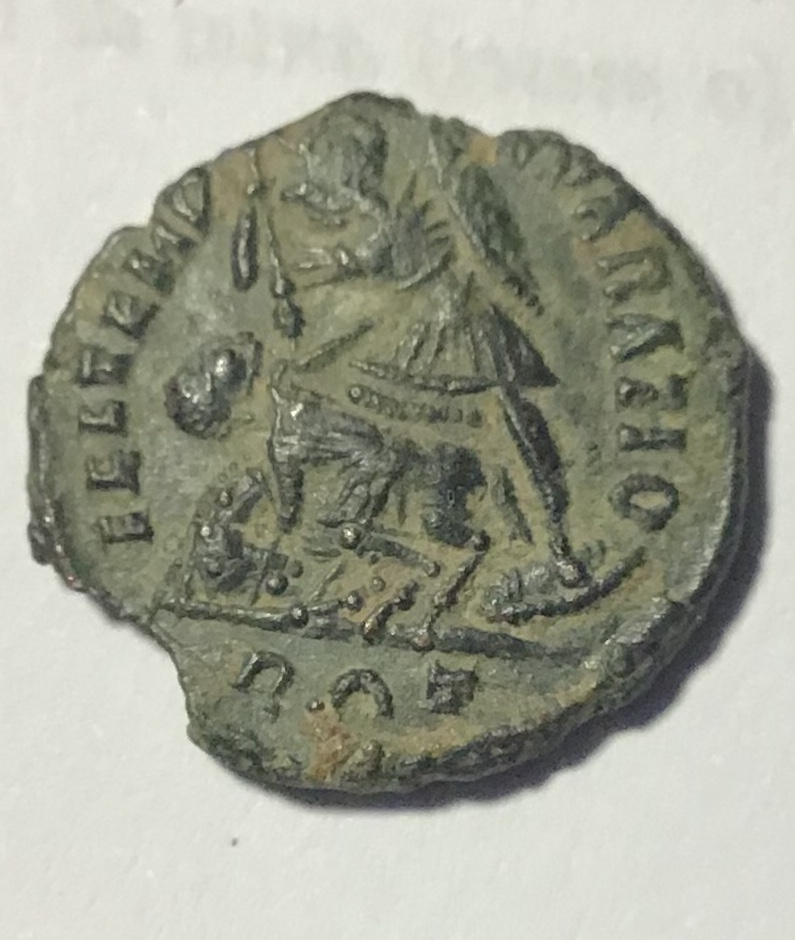 AE de Constancio II (imitación bárbara?). FEL TEMP - REPARATIO. Soldado romano alanceando a jinete caído. Roma Bf19e310