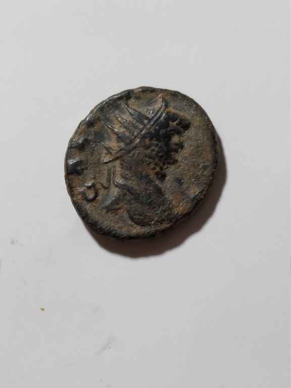Antoniniano de Galieno. LAETITIA AVG. Alegría a izq. Roma Img_2093