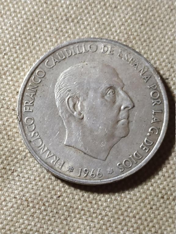 100 pesetas 1966 (*19-68). Estado Español. Opinión sobre estrella Img_2166