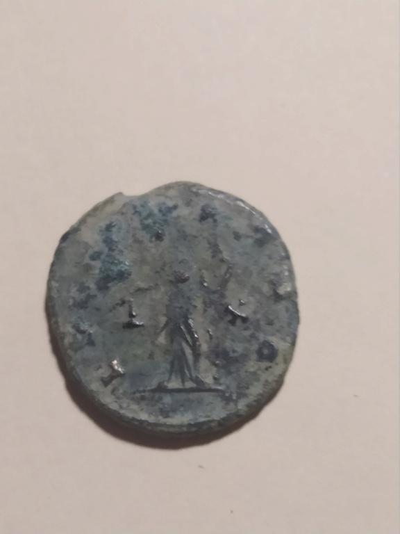 Antoniniano de Claudio II. LIBERT AVG. Libertad a izq. Roma Img_2227