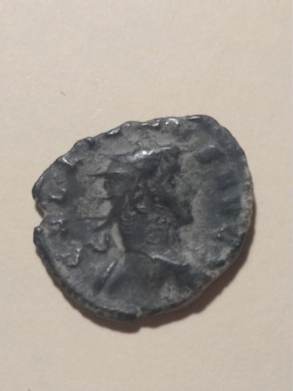 Antoniniano de Galieno. VIRTVS AVG. Valor a izq. Milán Img_2231