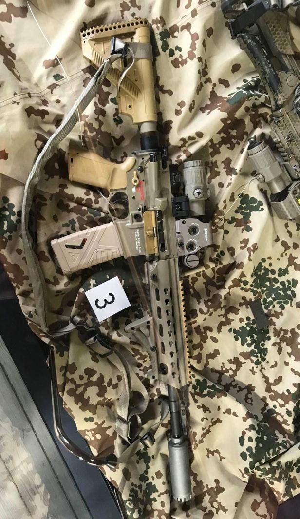 Heckler & Koch Автоматски пушки 416, 417, G28, M27 IAR, G36 - Page 37 A7-lar11