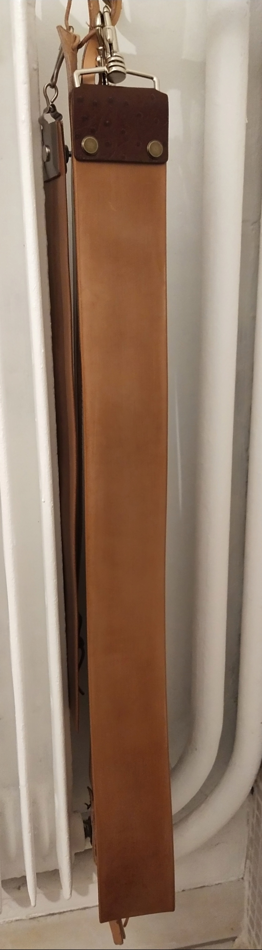 strop en cuir de cheval végétal - Page 3 Img_2213