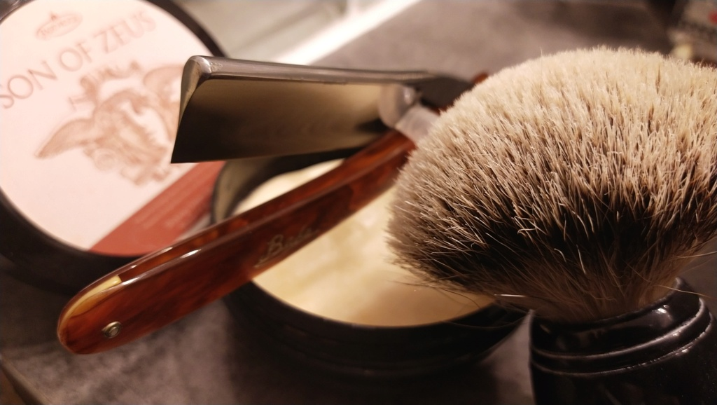Shave of the Day / Rasage du jour - Page 24 Img_2246