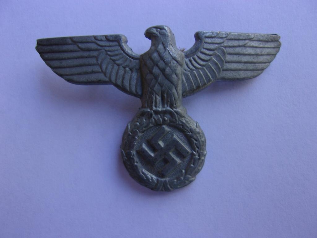 authentifiaction badge blessés ww2 noir + aigle de casquette III Reich 103_4010