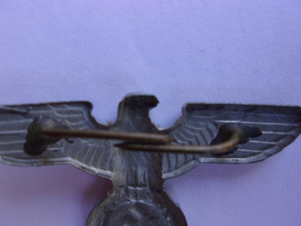 authentifiaction badge blessés ww2 noir + aigle de casquette III Reich 103_4011