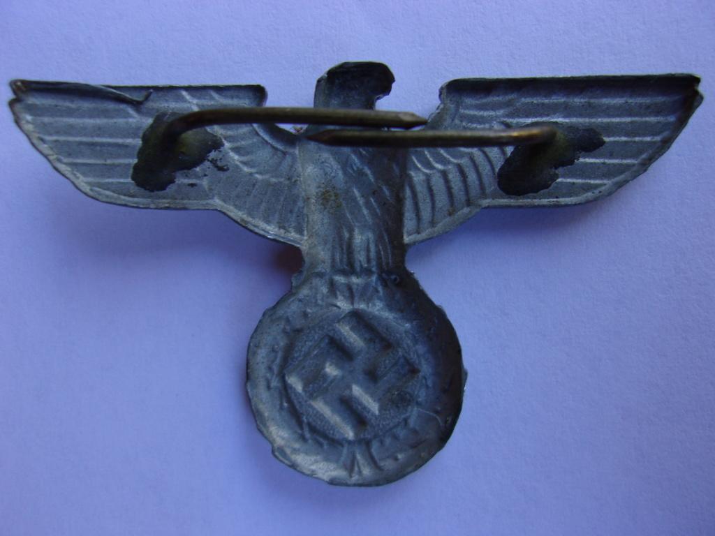 authentifiaction badge blessés ww2 noir + aigle de casquette III Reich 103_4012