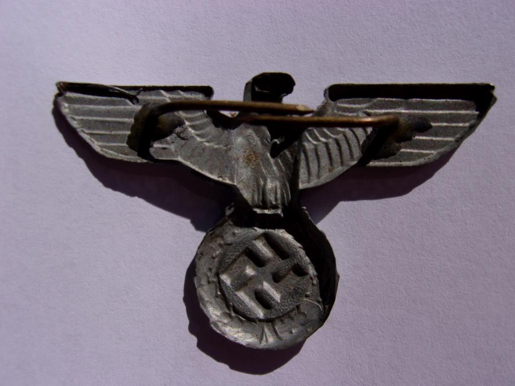 authentifiaction badge blessés ww2 noir + aigle de casquette III Reich 103_4014