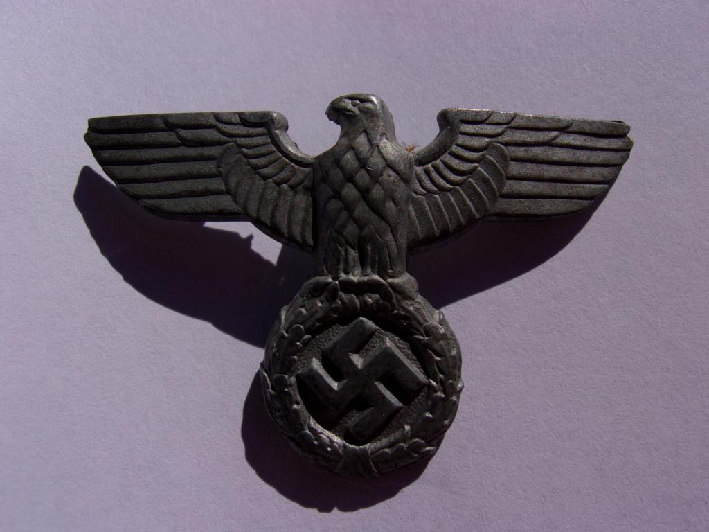 authentifiaction badge blessés ww2 noir + aigle de casquette III Reich 103_4015