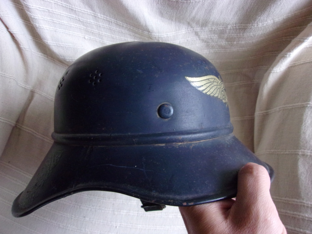 Casque Luftschutz  103_7212