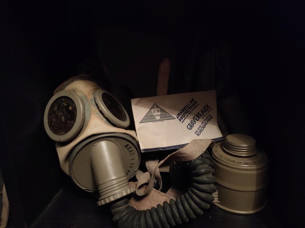Des masques a gaz Img_2038