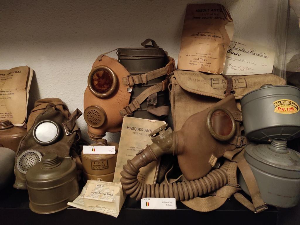 Des masques a gaz Img_2056